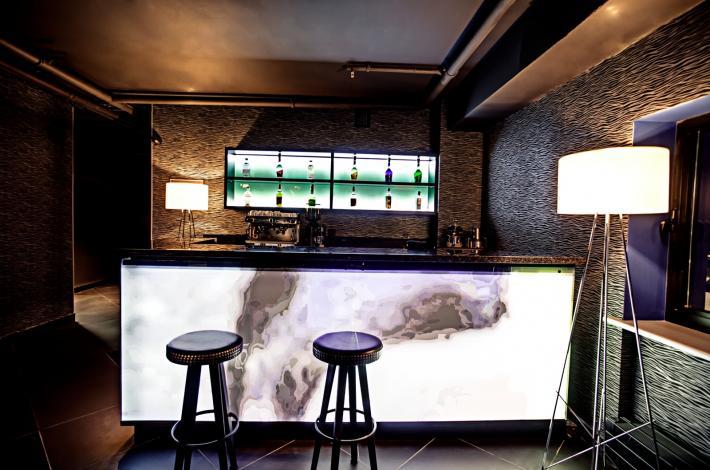 Лоббі-бар